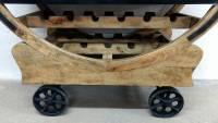 Weinbar Weinschrank Weinregal auf Rädern Bar Barschrank Holz Industrie Design